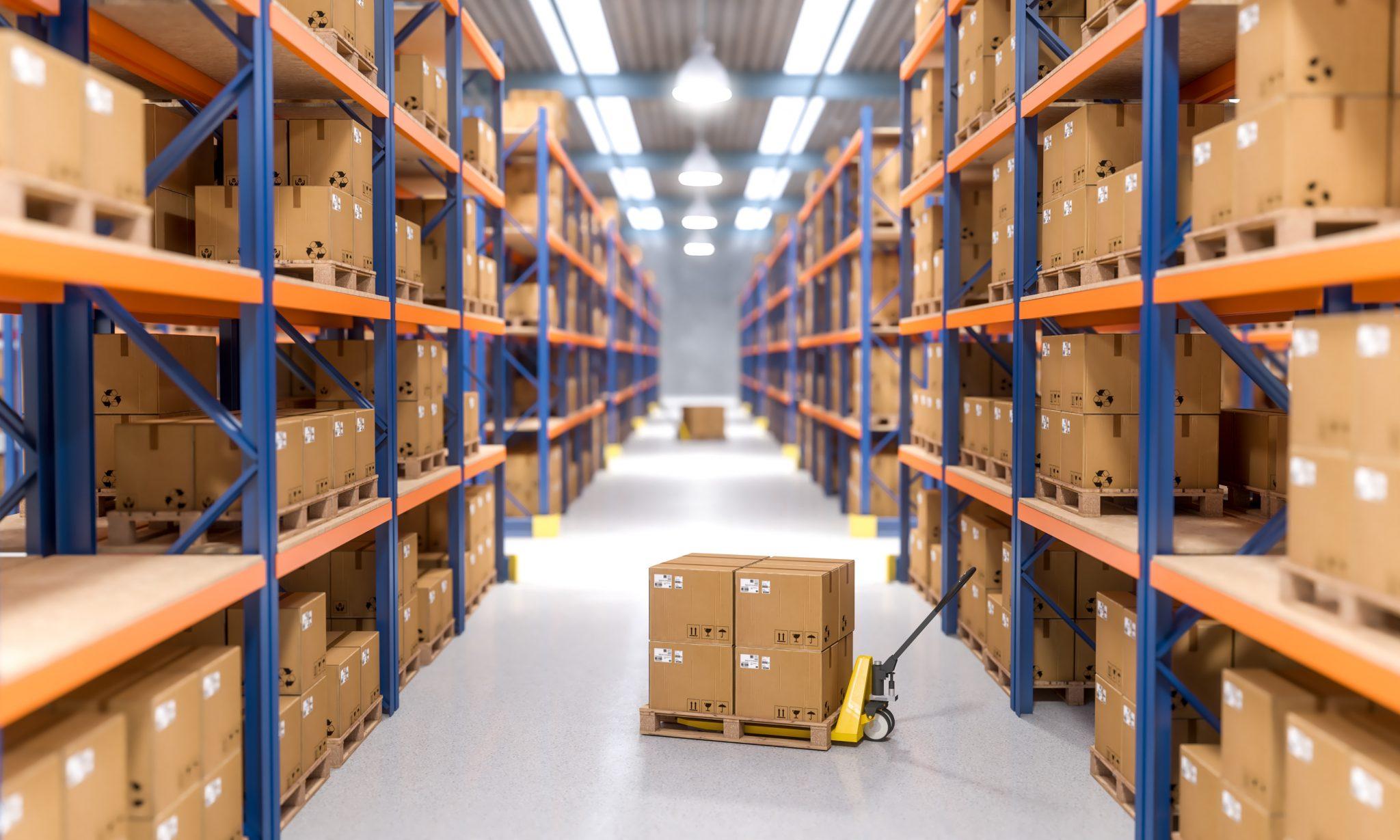 Przechowywanie, pakowanie i wysyłanie produktów w E-COMMERCE