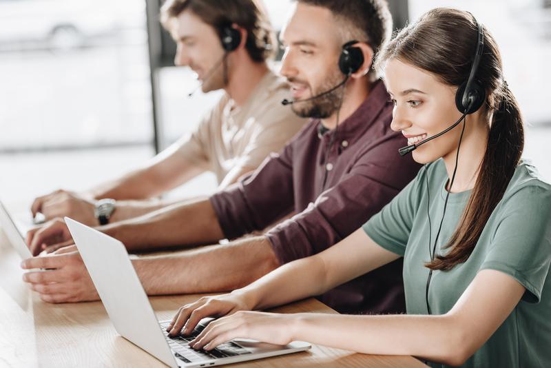 Czy warto mieć call center w języku sprzedaży?